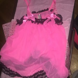 NWT sexy little things pink and black vs top- s